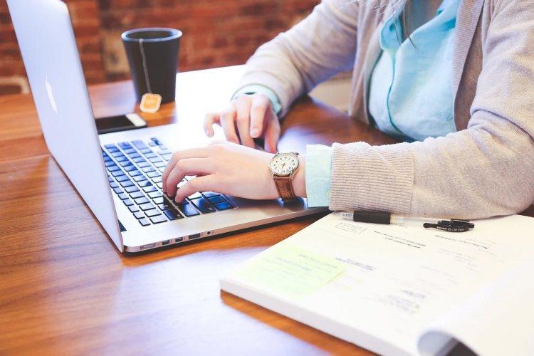 8 Secrets Keys to Making a Successful Website
